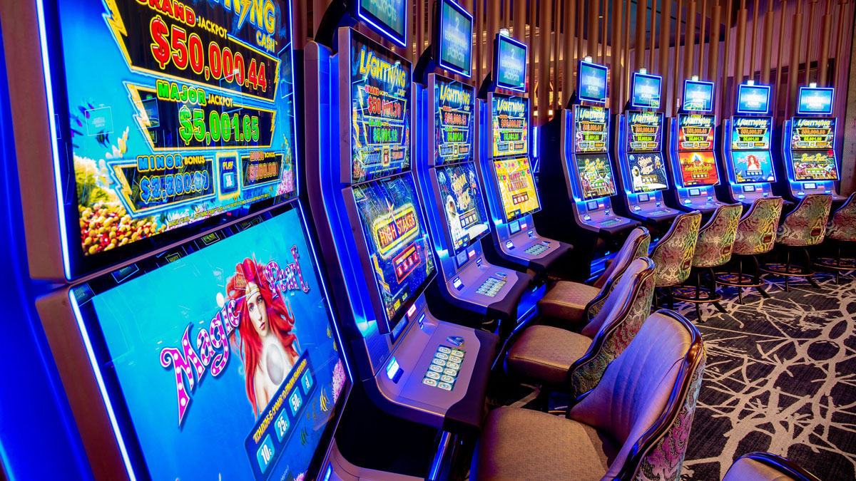 Internet Casino And Love – The Way They're The Same